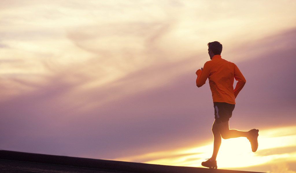 treat-alternative-exercise_an_alternative_adhd_treatment-article-3280a-man_running_sunset-ts_451886305-3