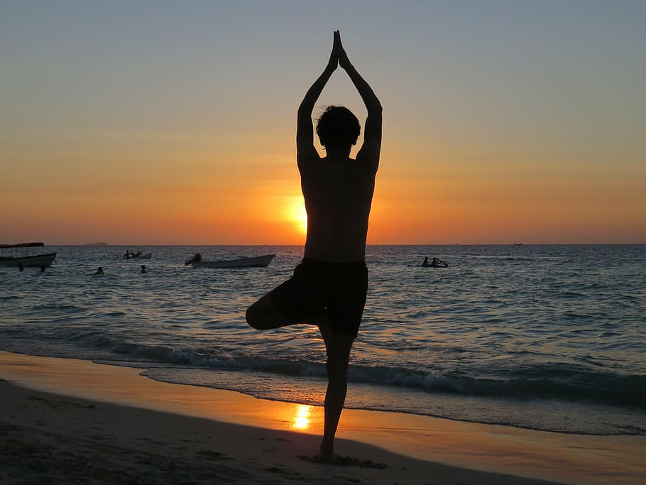 yoga-beach-sunset-relax