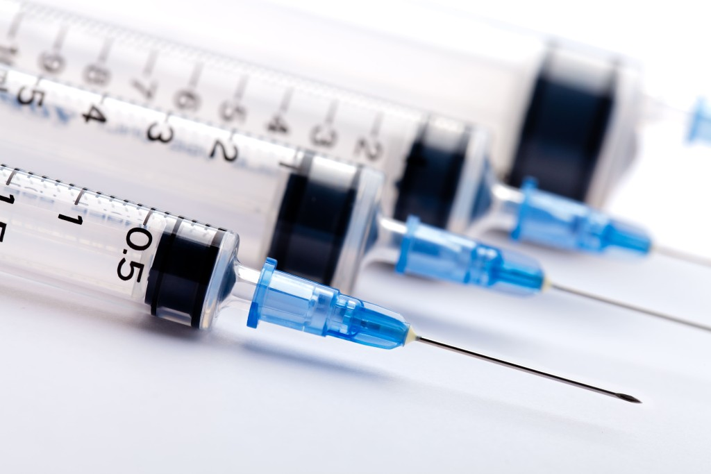 medical-syringes-and-needles